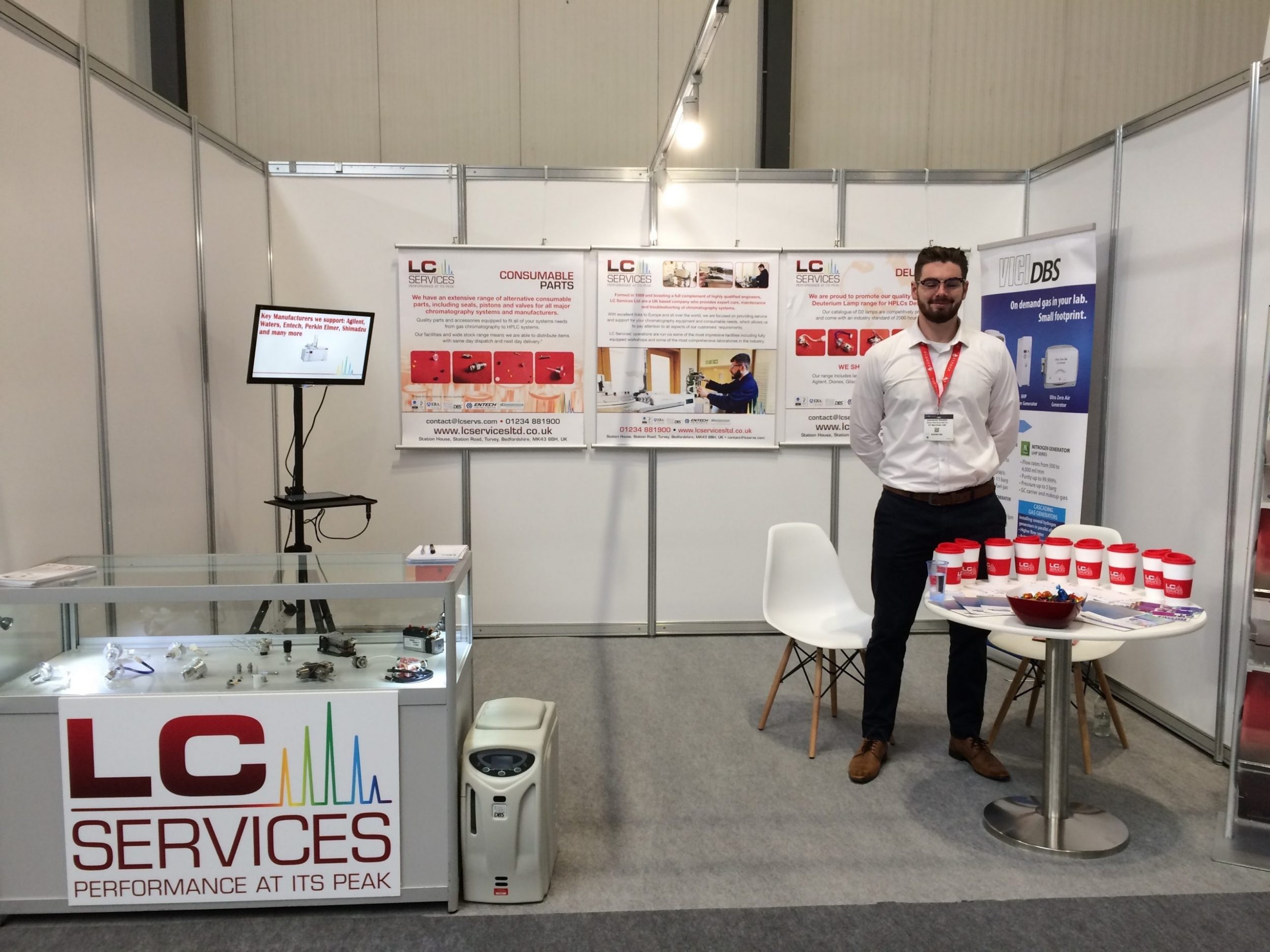 LC Services Stand at Lab innovations